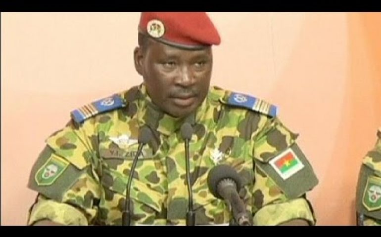 Army backs Isaac Zida as new Burkina Faso leader