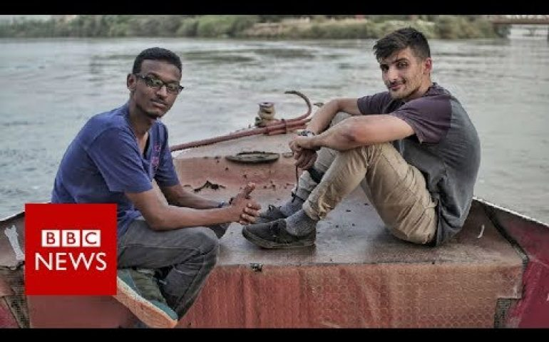 The other side of Sudan – fighting for free speech – BBC News