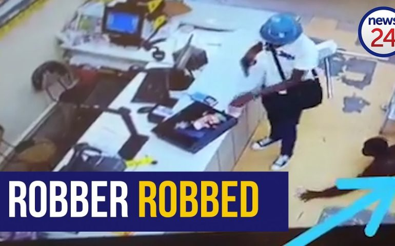 WATCH | 'Even robbers aren't safe in SA' – man stealing from robber has social media in stitches