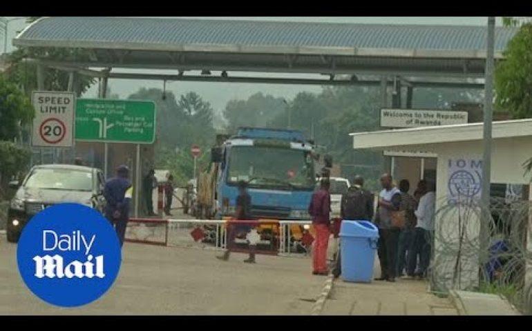 Rwanda closes border with the Congo over Ebola fears