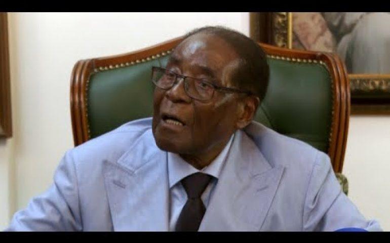 Robert Mugabe tells ITV News Zimbabwe 'must undo disgrace' of 'military takeover' | ITV News